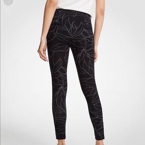 NWOT Ann Taylor Black Botanical Leggings